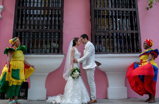 Fotógrafos-de-bodas-en-Colombia-123-1-550x360 Matrimonios
