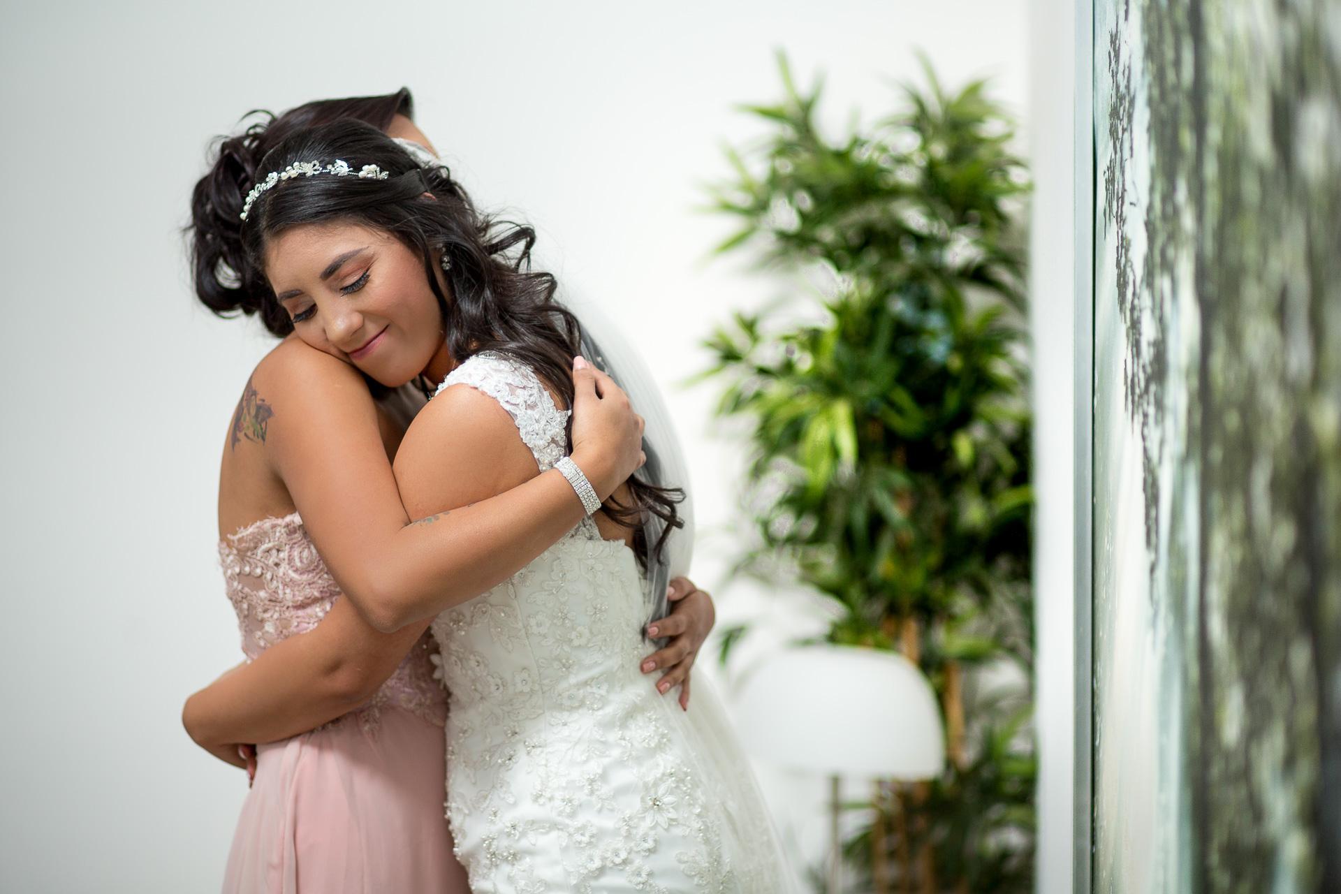 Fotógrafos-de-bodas-en-Colombia-Alejandro-y-Angelica-16 ALEJANDRO + ANGELICA