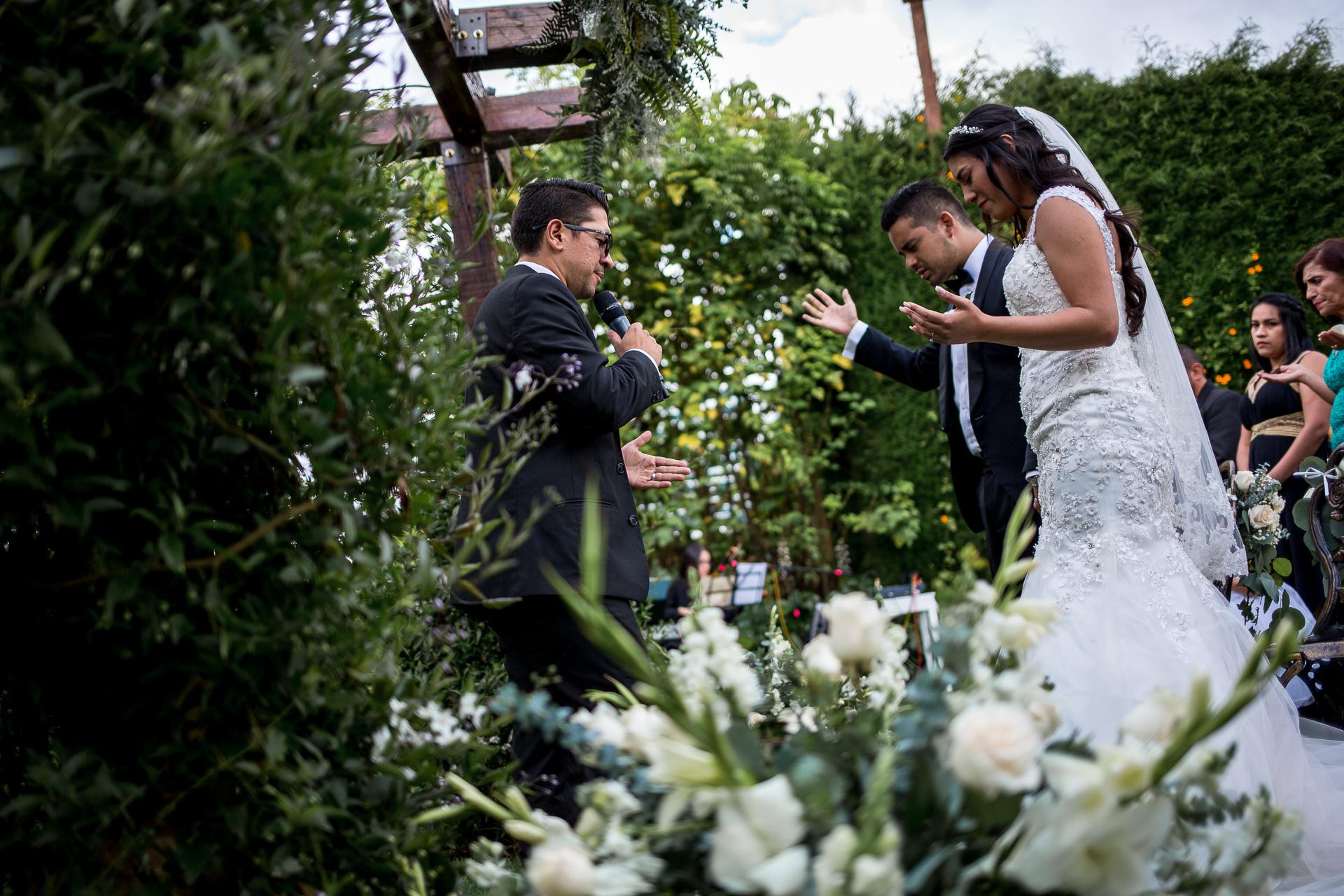Fotógrafos-de-bodas-en-Colombia-Alejandro-y-Angelica-20 ALEJANDRO + ANGELICA
