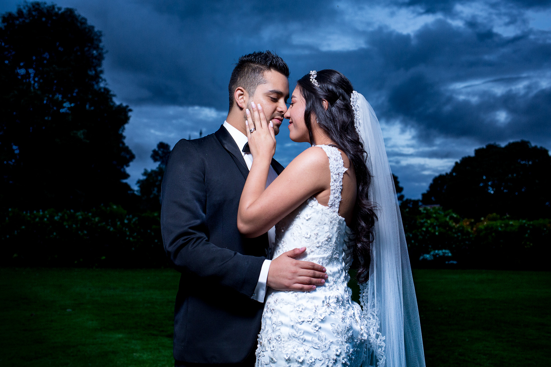 Fotógrafos-de-bodas-en-Colombia-Alejandro-y-Angelica-33-2 ALEJANDRO + ANGELICA