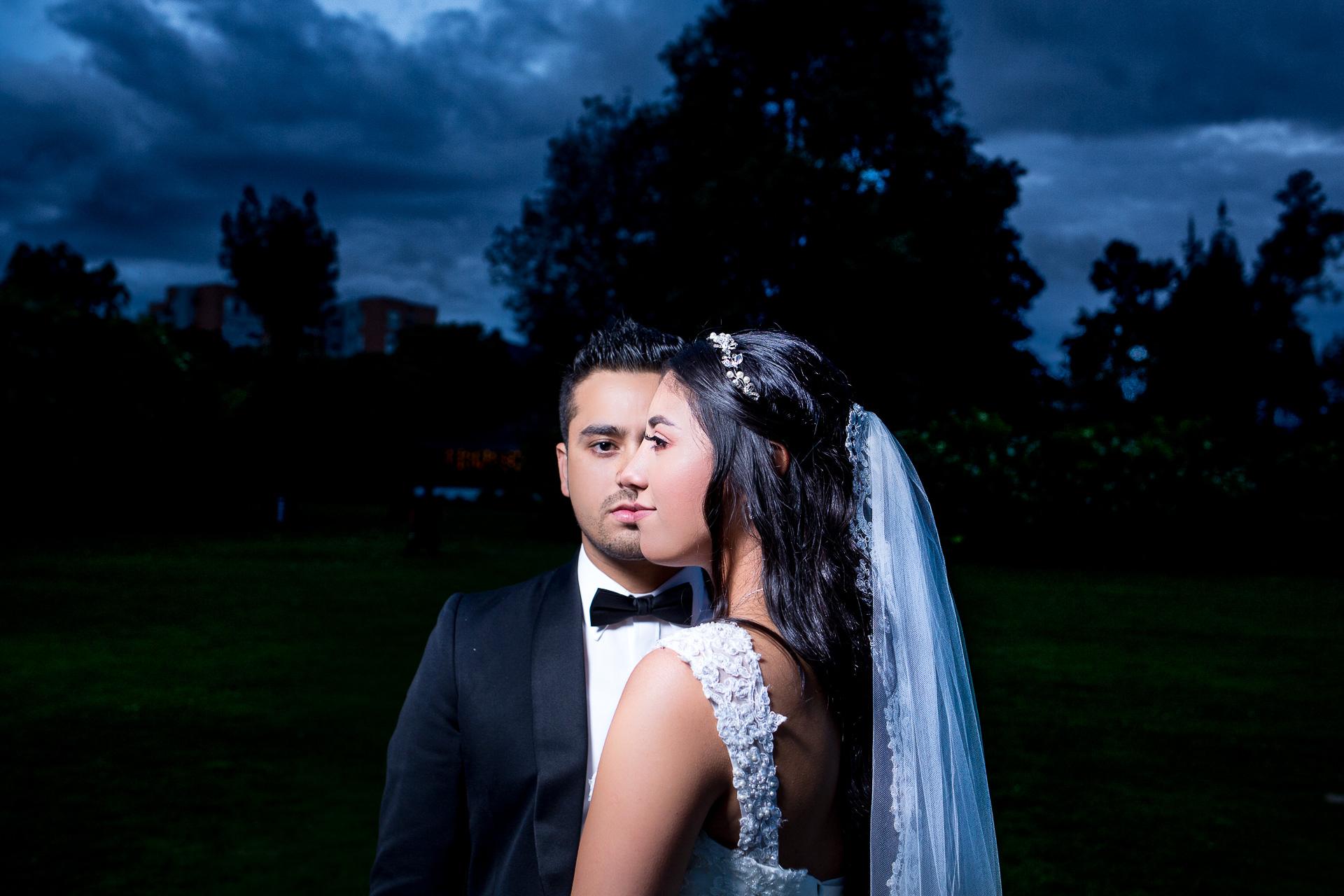 Fotógrafos-de-bodas-en-Colombia-Alejandro-y-Angelica-34-2 ALEJANDRO + ANGELICA