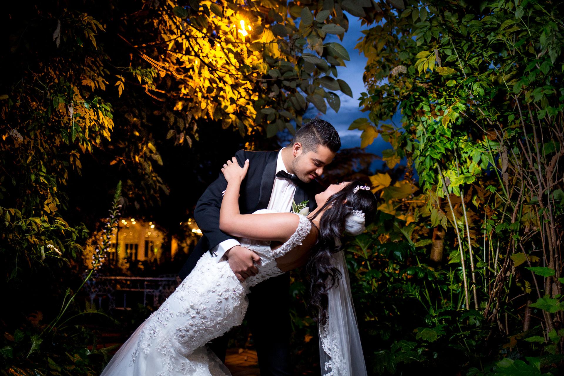 Fotógrafos-de-bodas-en-Colombia-Alejandro-y-Angelica-36 ALEJANDRO + ANGELICA