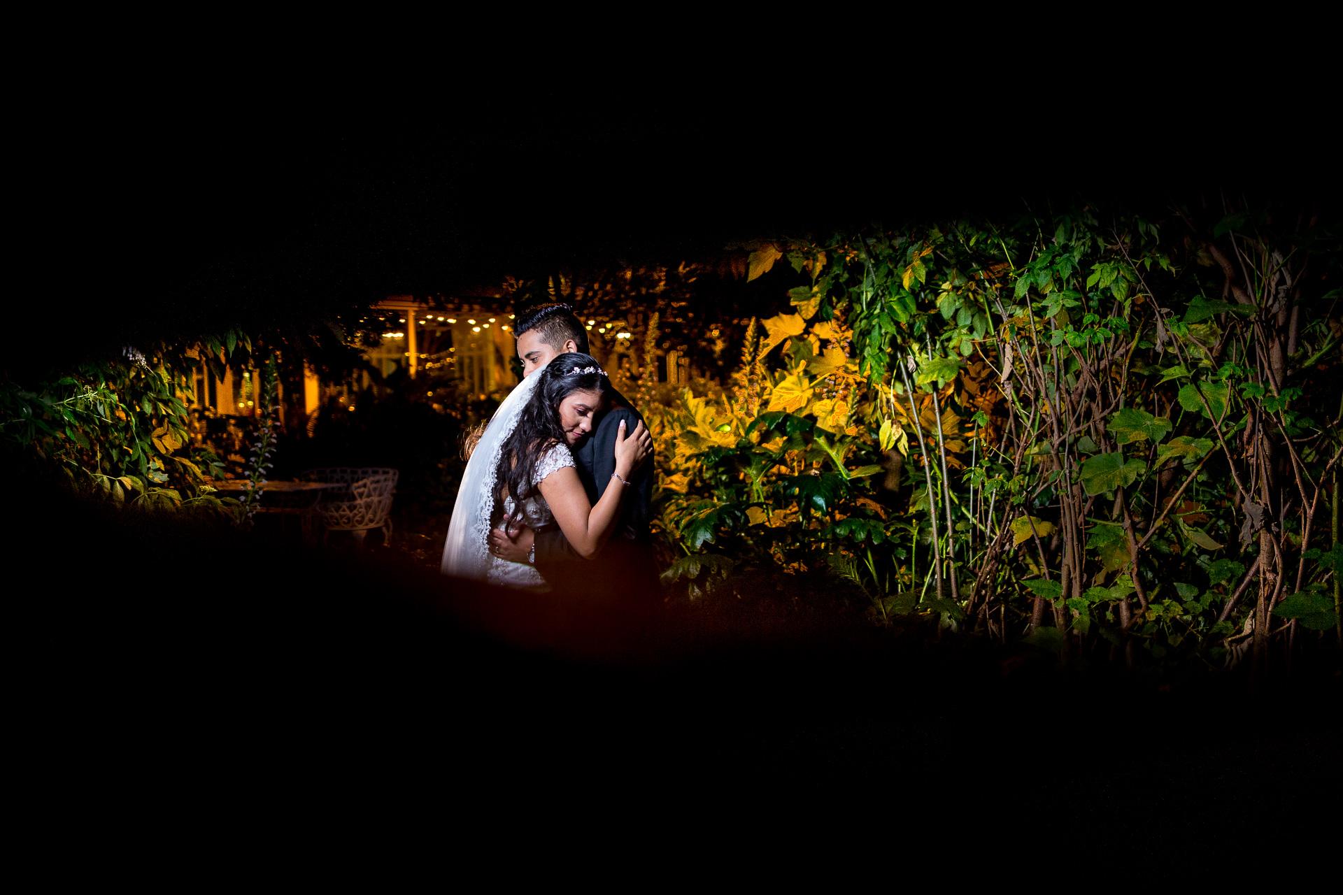 Fotógrafos-de-bodas-en-Colombia-Alejandro-y-Angelica-40 ALEJANDRO + ANGELICA