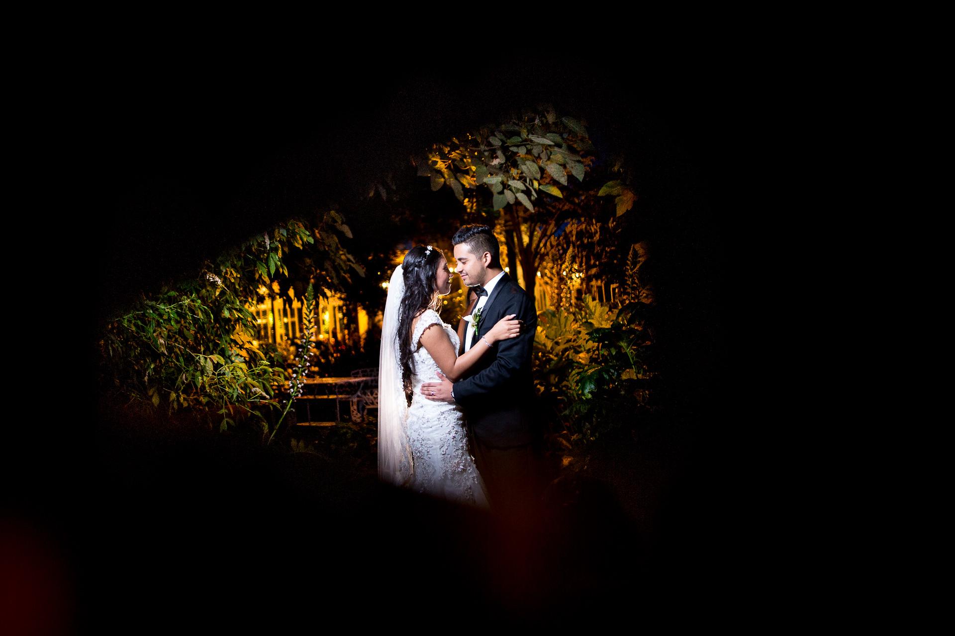 Fotógrafos-de-bodas-en-Colombia-Alejandro-y-Angelica-42-2 ALEJANDRO + ANGELICA