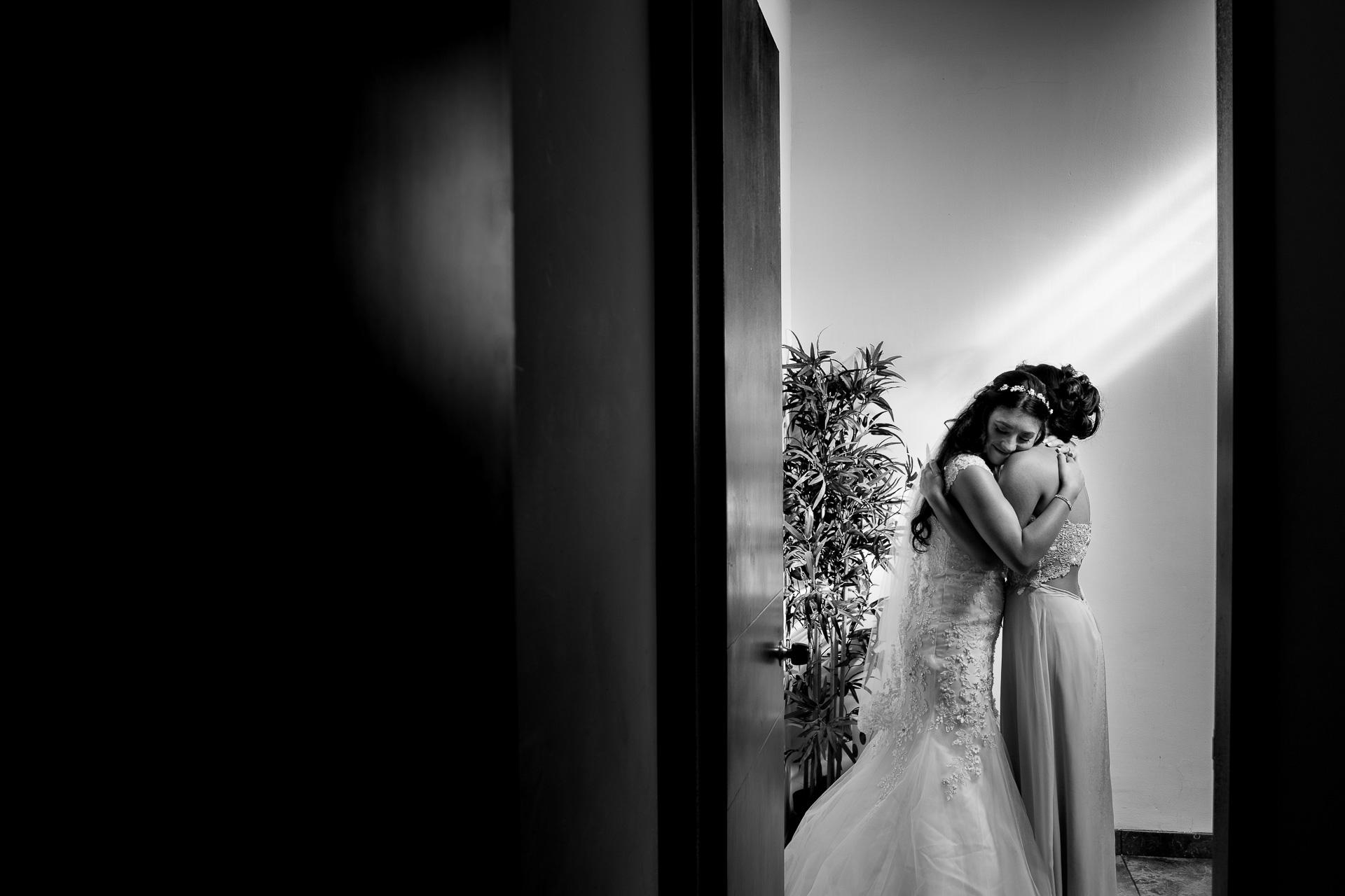 Fotógrafos-de-bodas-en-Colombia-Alejandro-y-Angelica-9-2 ALEJANDRO + ANGELICA