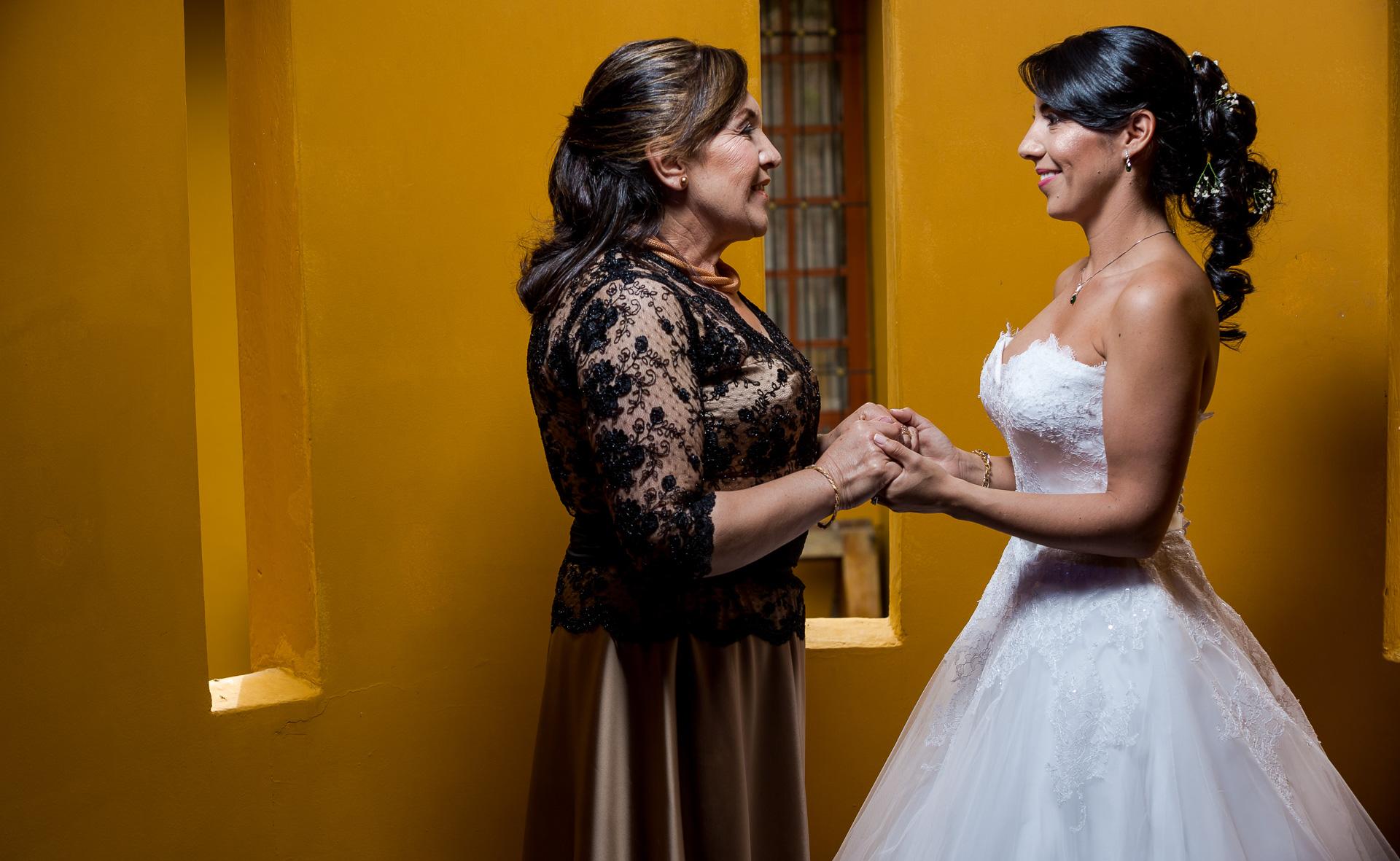 Fotógrafos-de-bodas-en-Colombia-Angela-y-Antonio-21 ANGELA Y ANTONIO