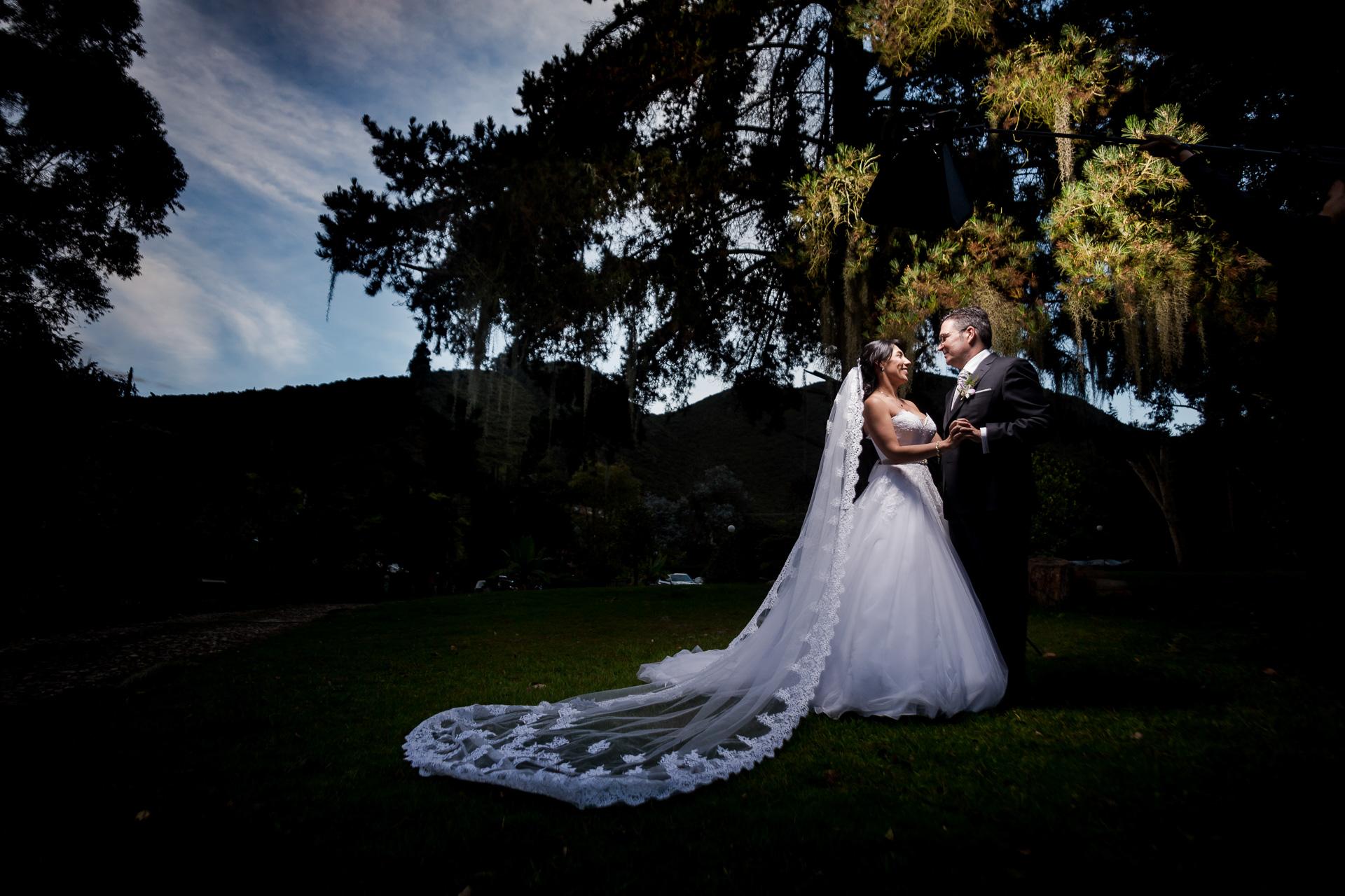 Fotógrafos-de-bodas-en-Colombia-Angela-y-Antonio-38 ANGELA Y ANTONIO