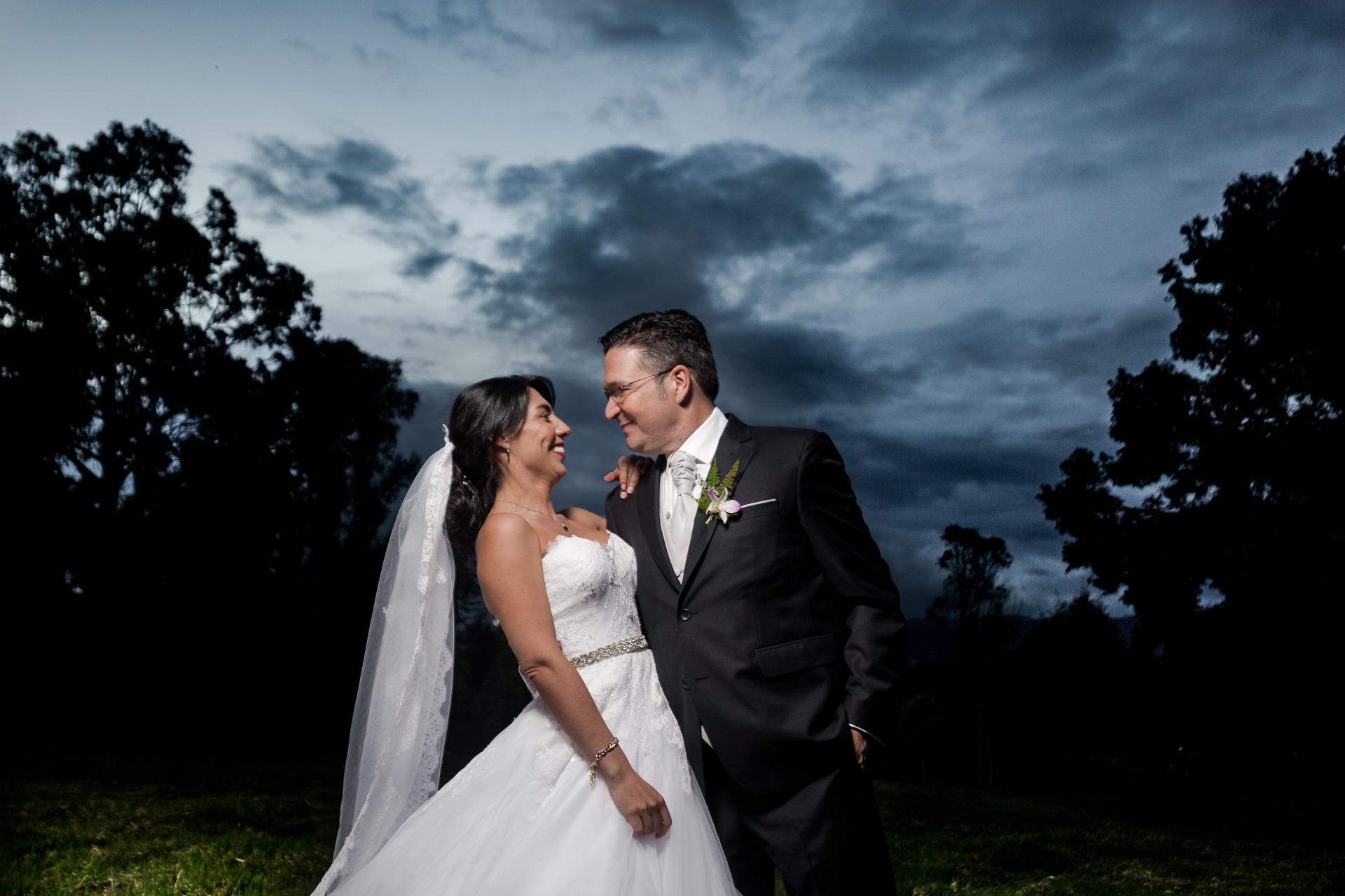 Fotógrafos-de-bodas-en-Colombia-Angela-y-Antonio-49 ANGELA Y ANTONIO