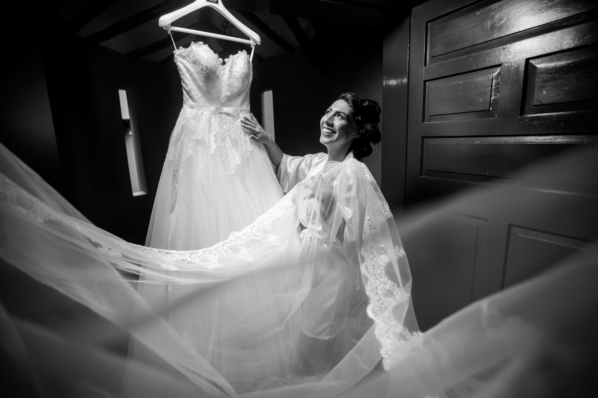 Fotógrafos-de-bodas-en-Colombia-Angela-y-Antonio-8 ANGELA Y ANTONIO