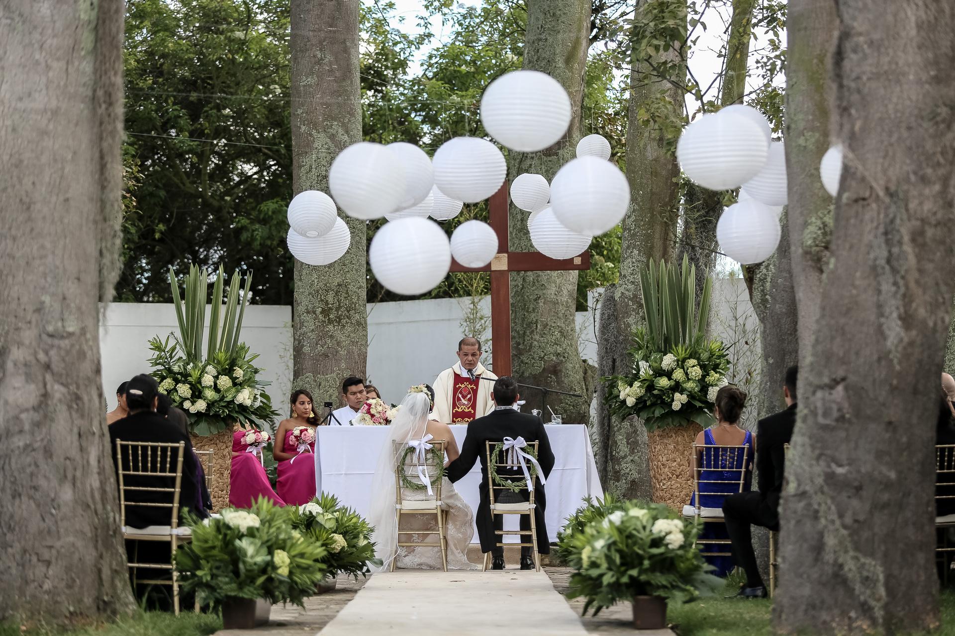 Fotógrafos-de-bodas-en-Colombia-Angela-y-Camilo-15 ANGELA + CAMILO