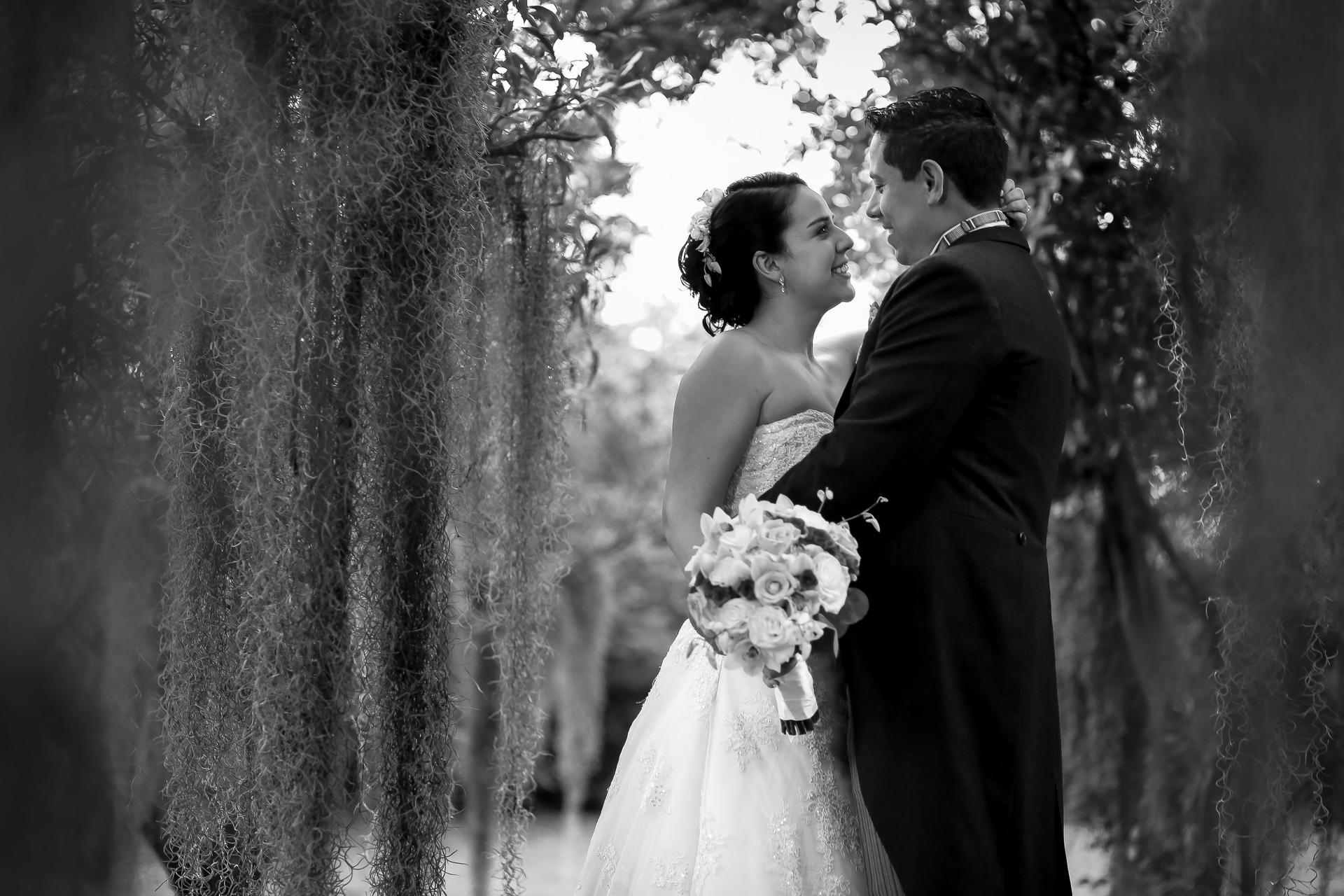 Fotógrafos-de-bodas-en-Colombia-Angela-y-Camilo-18 ANGELA + CAMILO