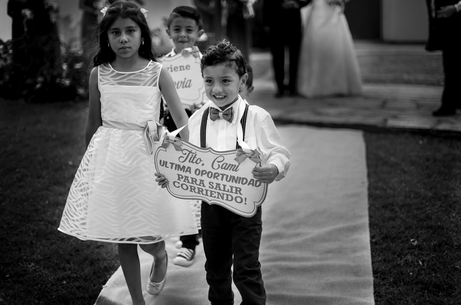 Fotógrafos-de-bodas-en-Colombia-Angela-y-Camilo-2 ANGELA + CAMILO