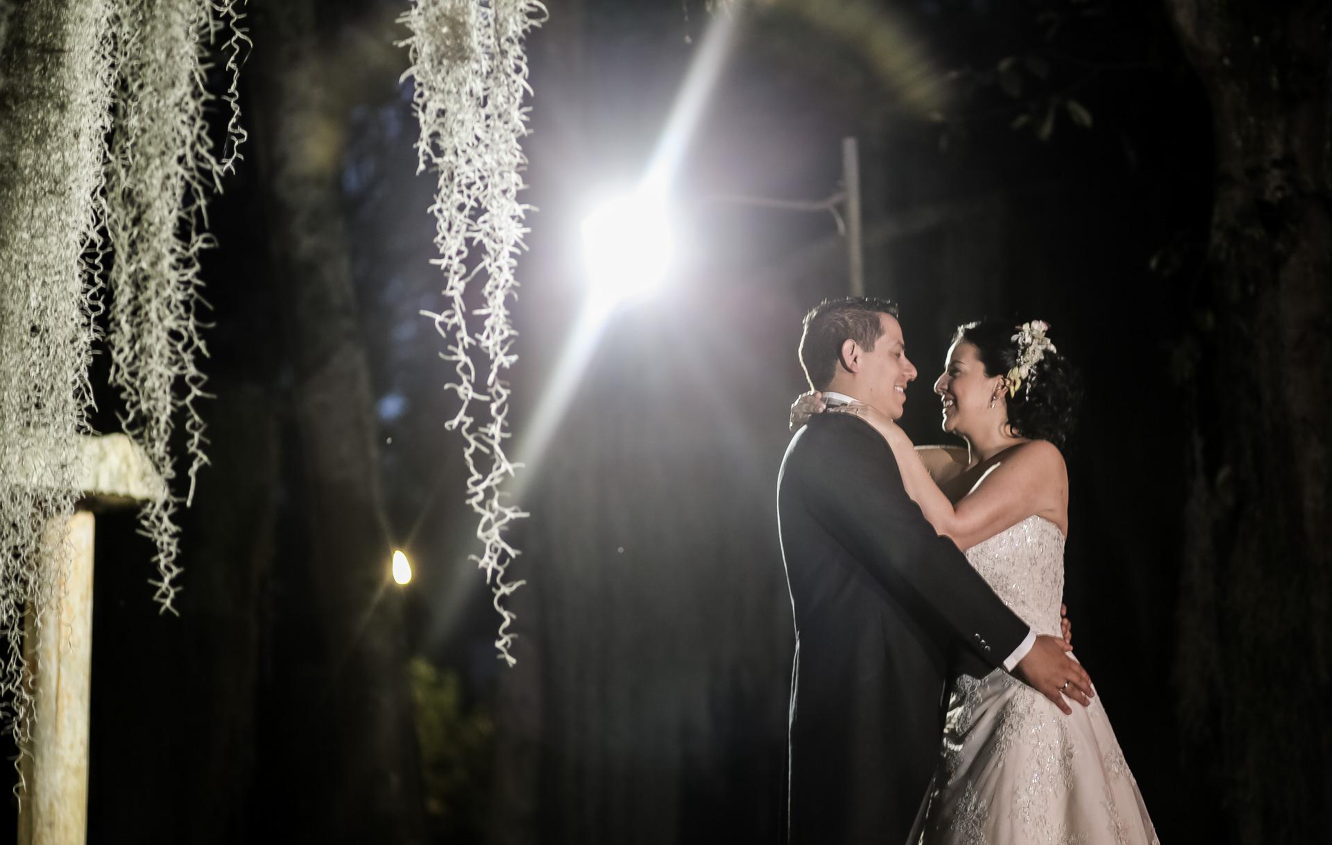 Fotógrafos-de-bodas-en-Colombia-Angela-y-Camilo-21 ANGELA + CAMILO