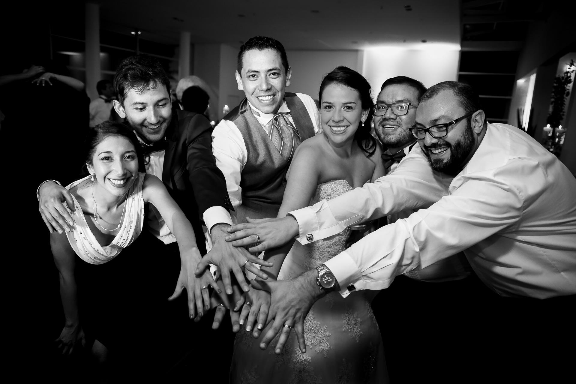 Fotógrafos-de-bodas-en-Colombia-Angela-y-Camilo-24 ANGELA + CAMILO