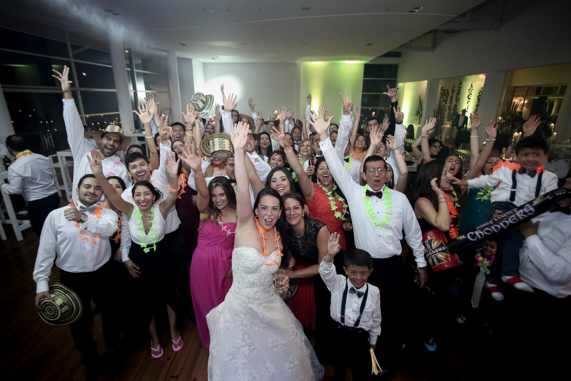 Fotógrafos-de-bodas-en-Colombia-Angela-y-Camilo-27 ANGELA + CAMILO
