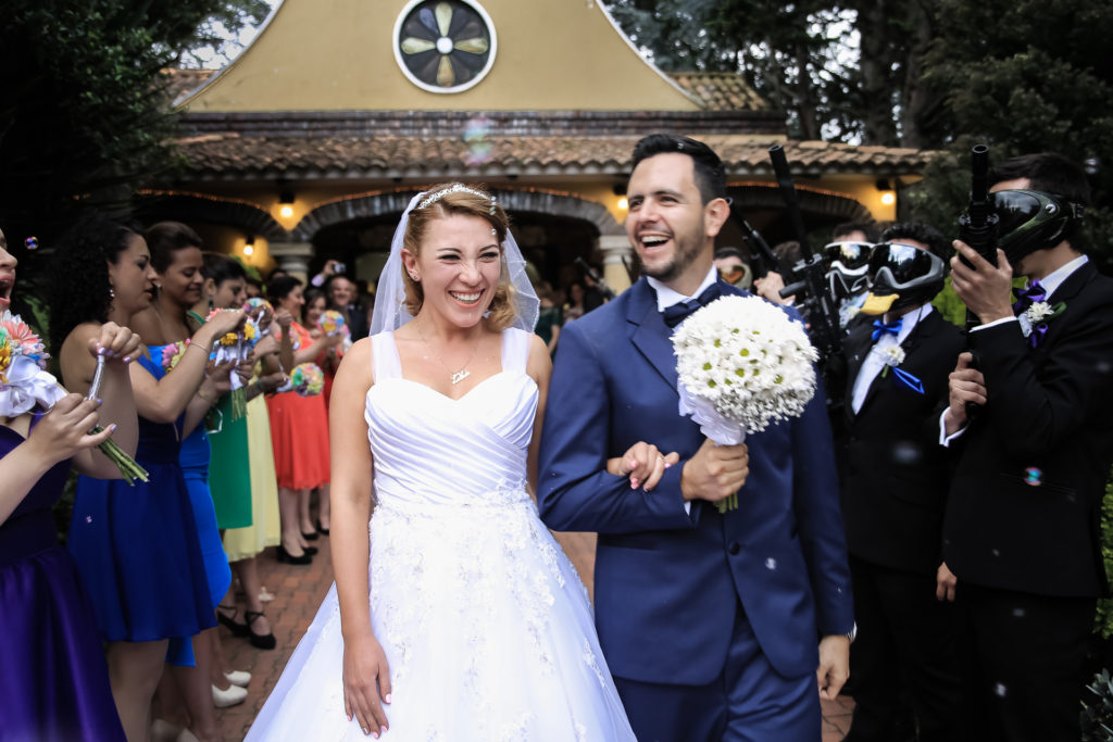 Fotógrafos-de-bodas-en-Colombia-Laura-y-Augusto-24-1-1024x683 LAURA + AUGUSTO