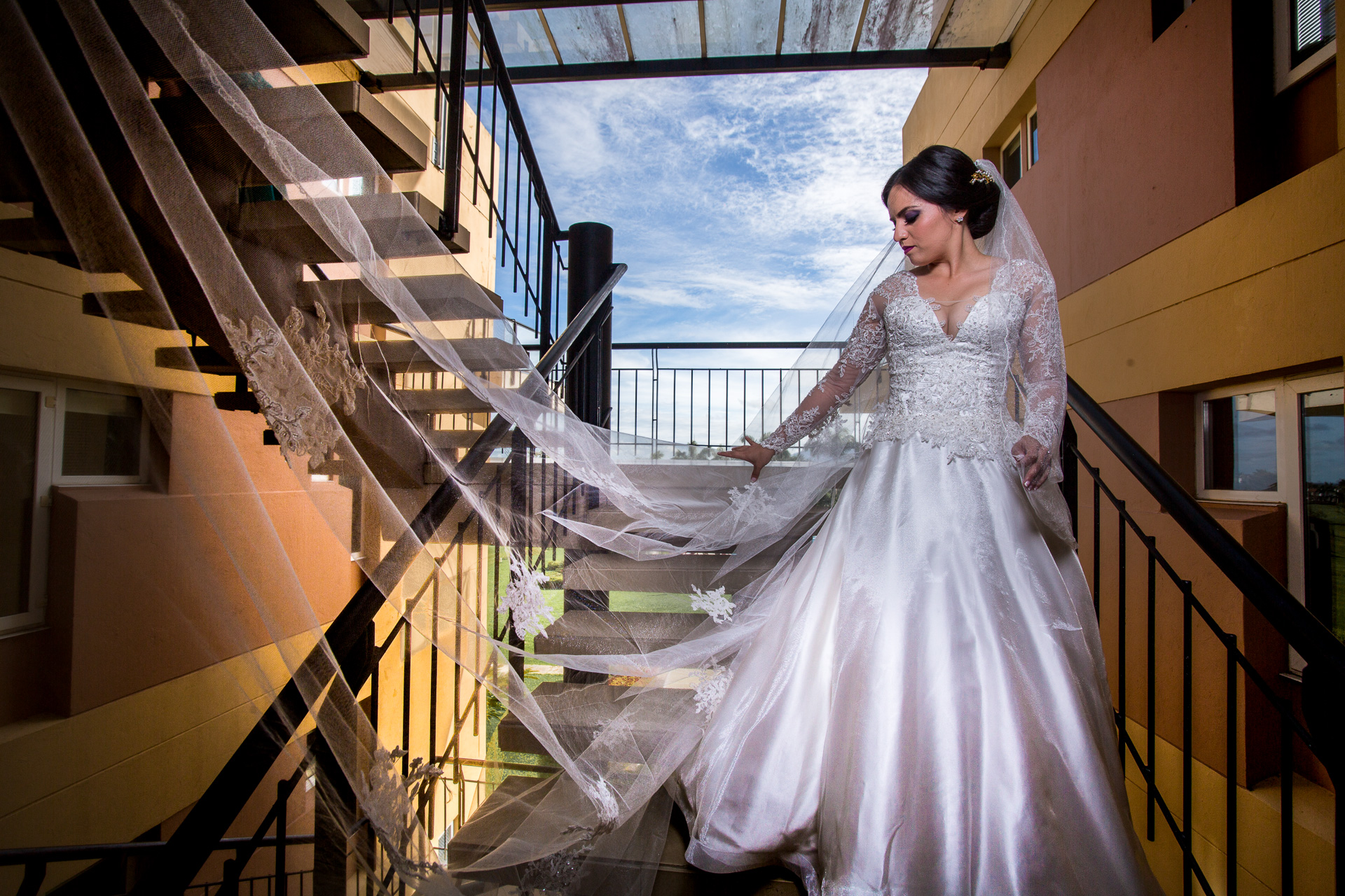 Fotógrafos-de-bodas-en-Colombia-Sthephanie-y-David-26 STEPHANIE + DAVID
