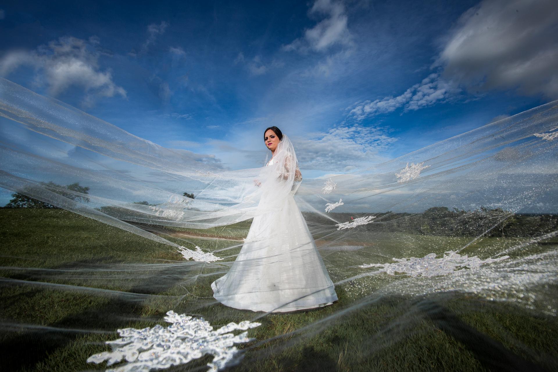Fotógrafos-de-bodas-en-Colombia-Sthephanie-y-David-31 STEPHANIE + DAVID