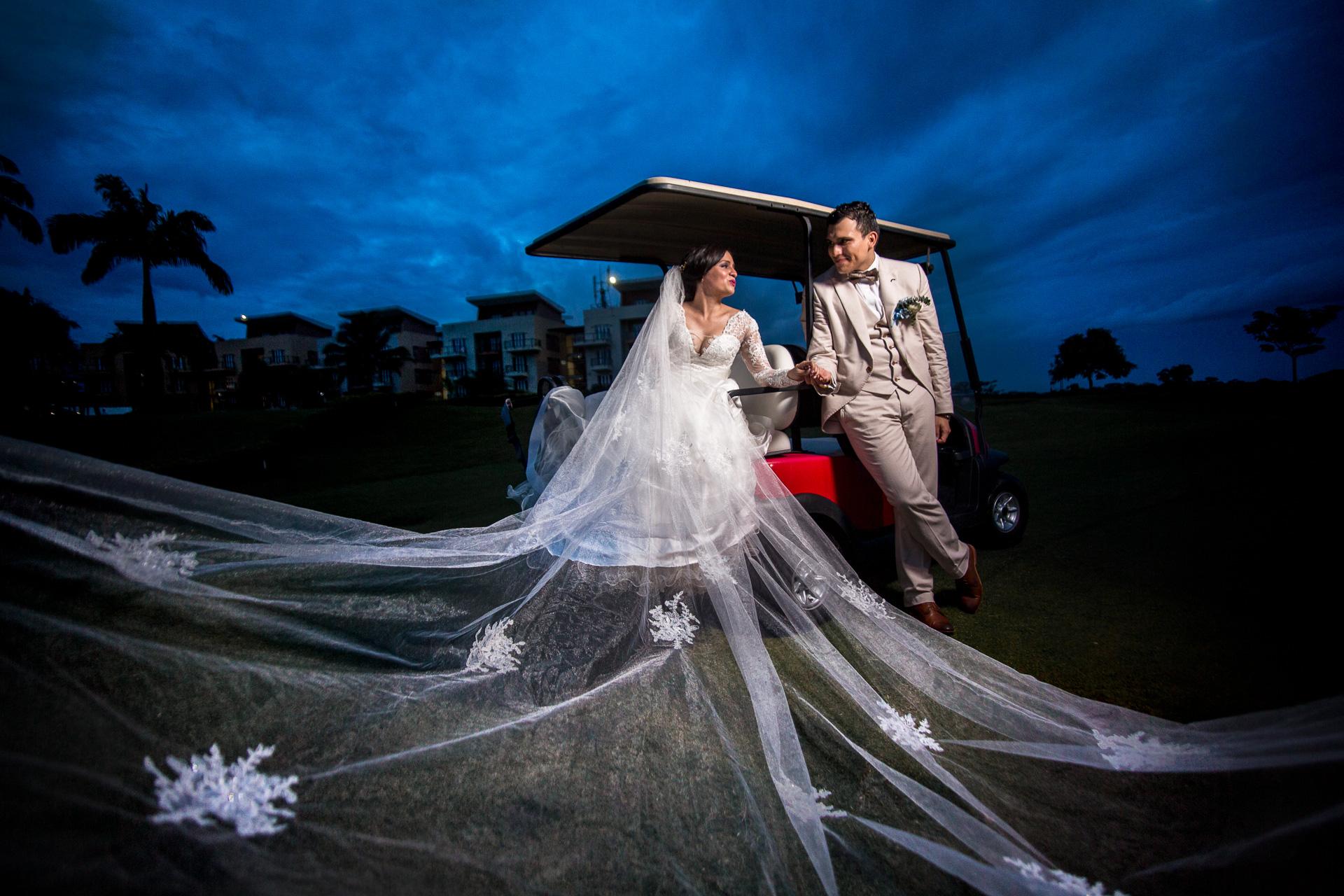 Fotógrafos-de-bodas-en-Colombia-Sthephanie-y-David-44 STEPHANIE + DAVID