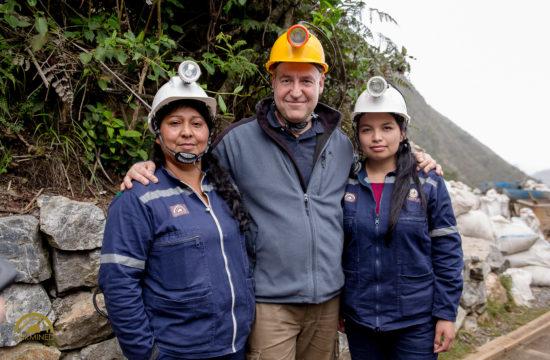 Fotografía-corporativa-en-Bogotá_-23-550x360 Publicitaria